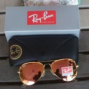 Brand New Rose Gold RayBan Aviators 62mm